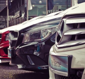 How to Find Authentic Occasion Auto Dealers