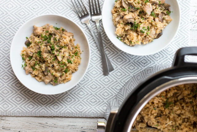 Microwave pressure cooker chicken rice
