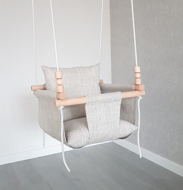 Different between natural and electric baby swing