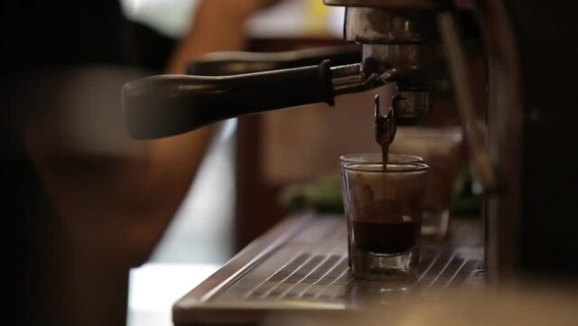 Industrial and residential coffee machine makers