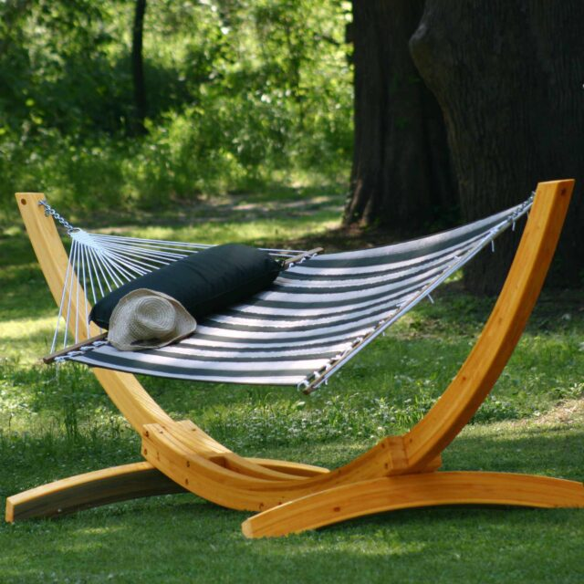 Things to consider when buying hammock withstand