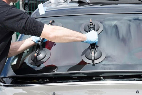 windshield replacement cost depends